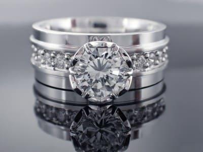 pierścionki zaręczynowe 30